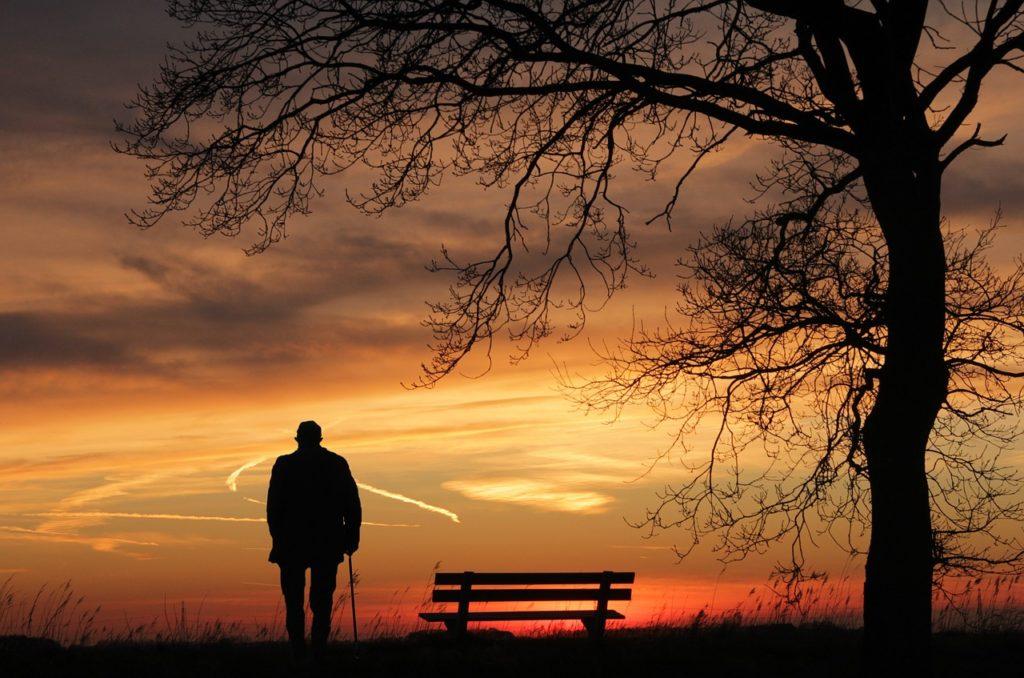 старение как причина депрессии