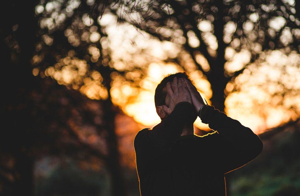 Маскированная депрессия. Симптомы скрытой депрессии