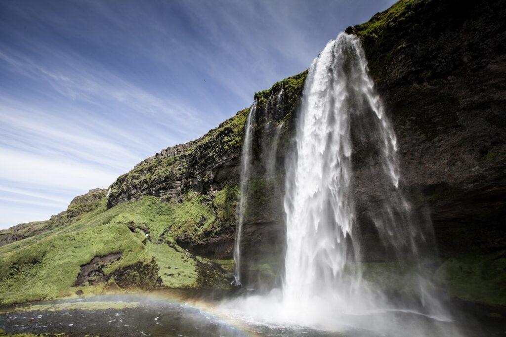 водопад, нарушение